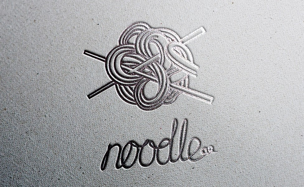 free-logo-mockup-paper